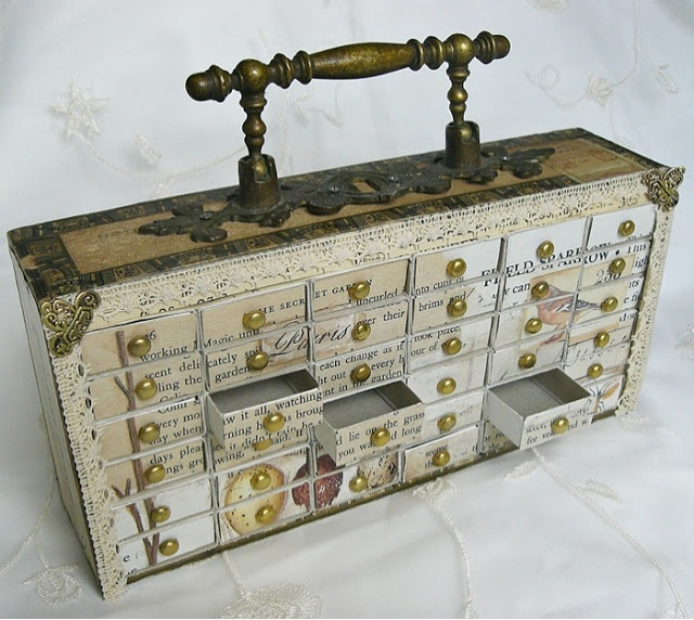 cigar box and matchboxes upcycled to a trinket cabinet ♡ Genius