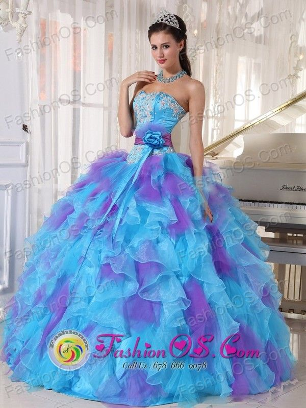 http://www.fashionor.com/Quinceanera-Dresses-For-Spring-2013-c-27.html  Shops Tiered Quinces gowns For petites  Shops Tiered Quinces gowns For petites  Shops Tiered Quinces gowns For petites