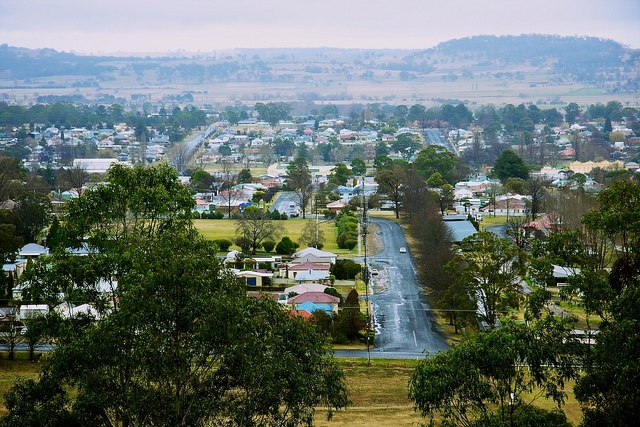 Glen Innes   by DavidRphoto, via Flickr