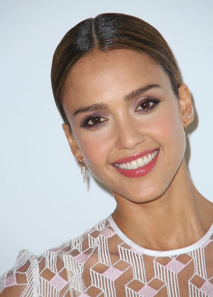 The 25 Best Thick Eyebrows in Hollywood (And How to Get ...