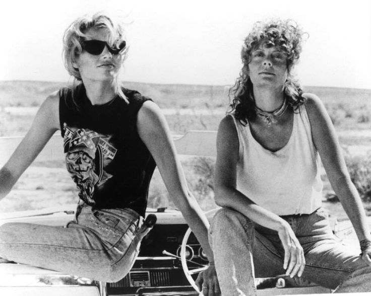 Geena Davis and Susan Sarandon on the set of Thelma & Louise directed by Ridley Scott, 1991