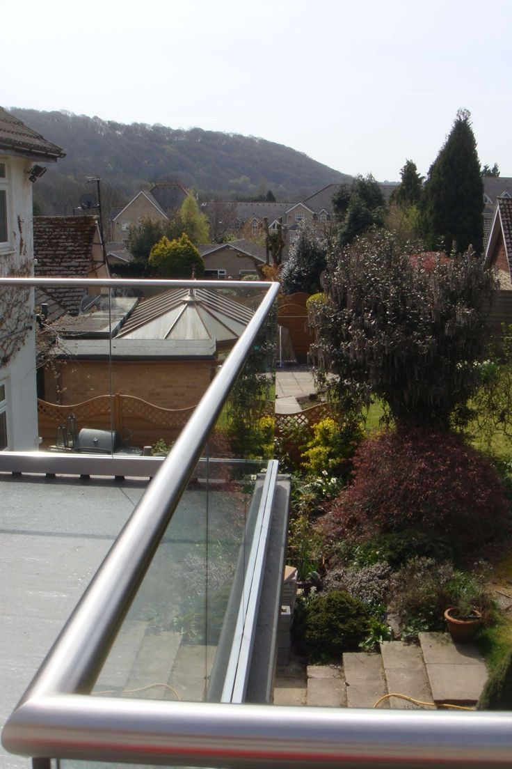Structural Glass Balcony with drainage