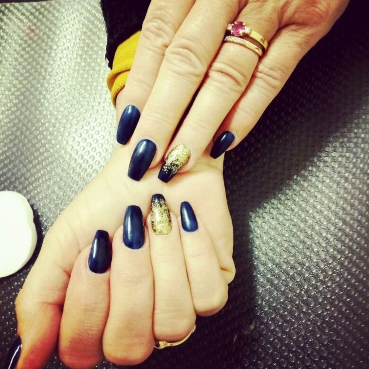 Blå naglar blue nails with glitter nails art nails dekoration