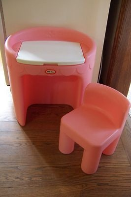 Vintage Little Tikes vanity. WANT for Victoria