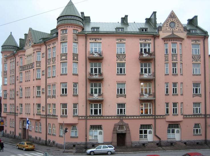 Ihantola is a jugend style building in Helsinki, Finland, built in 1905–1907. It was designed by O. E. Koskinen.