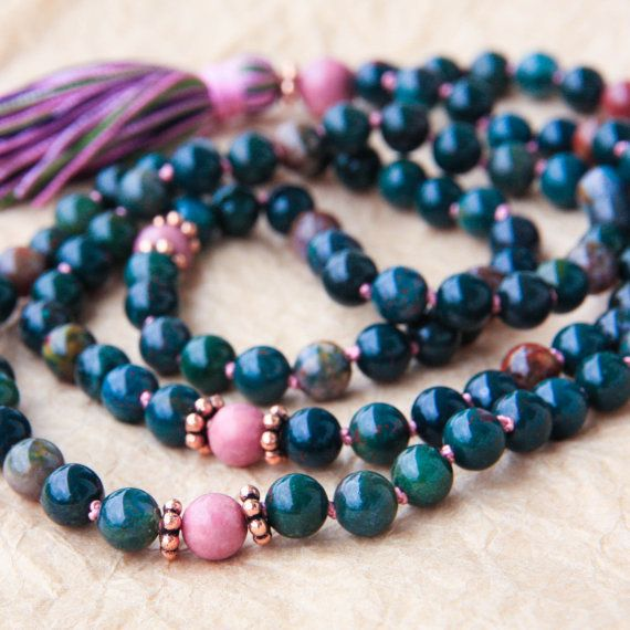 Hey, I found this really awesome Etsy listing at https://www.etsy.com/listing/151477713/hand-knotted-mala-beads-meditation-mala