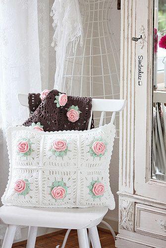 Flower Cushion   Flickr - Photo Sharing!