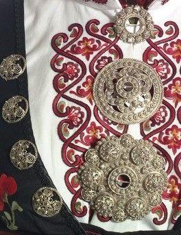 Detail from beltestakk