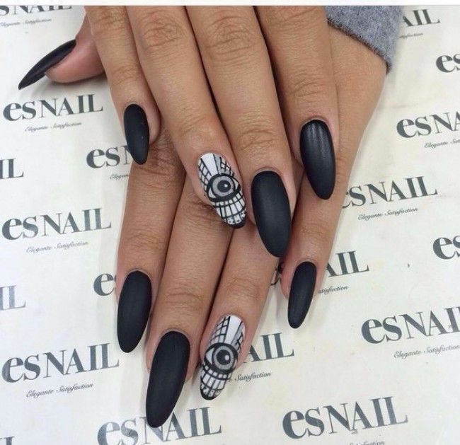 those nails!!!