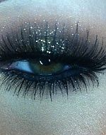 I love this look, need to practice but in blues and greens for my SEAHAWKS!!