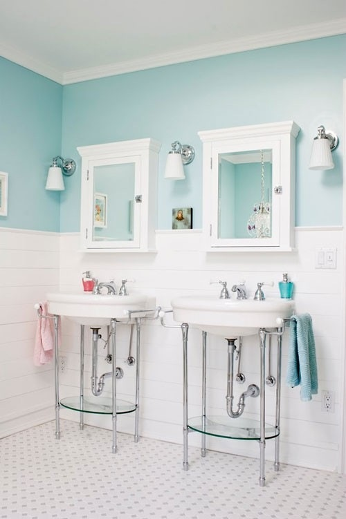 Turquoise and white bathroom spaces pinterest for Bathroom ideas aqua