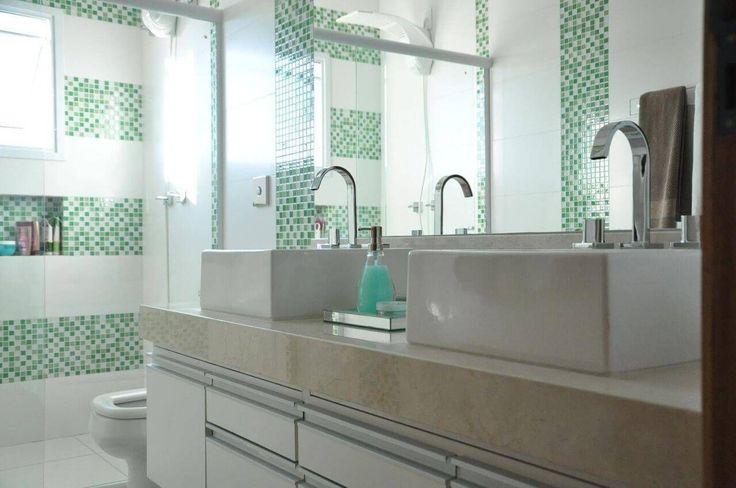 armario de banheiro puxadores prata claudia breias