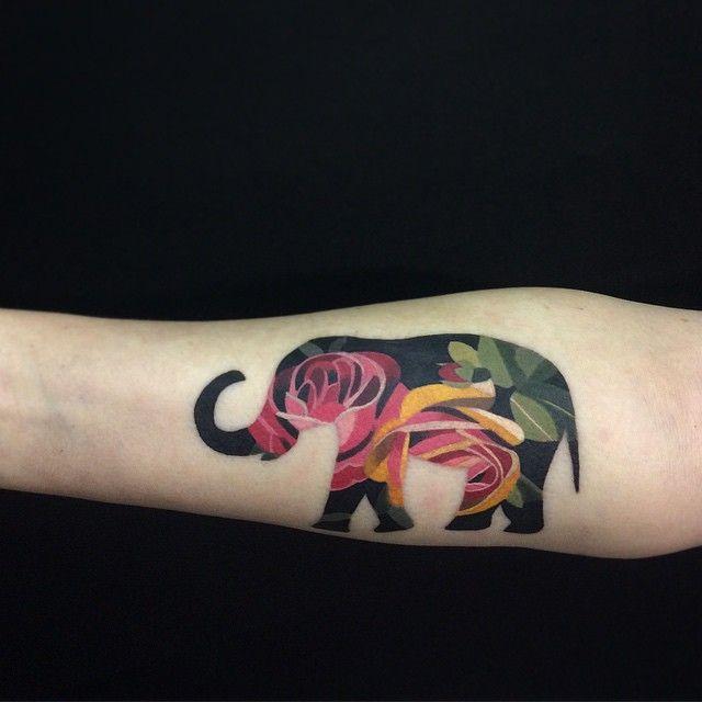 Elefante con estampado de Flores by Sasha Unisex