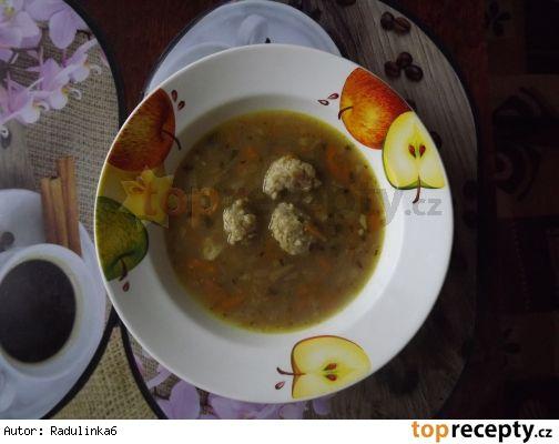 Rychlá polévka z hlívou a drožďovými knedlíčky