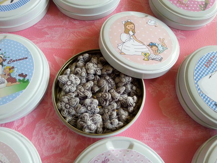 """Latas de Caramelos""""Violetas"""" Regalos para inivtados"""
