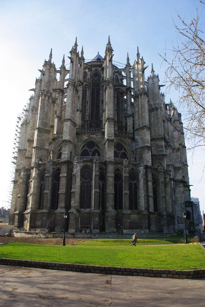 1000 images about cathedrals and monasteries on pinterest for Architecture gothique