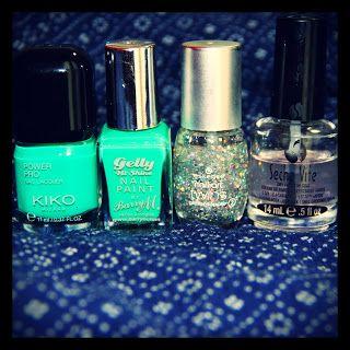 MichelaIsMyName: Nails Of The Day - KIKO Verde Smeraldo / Barry M K...
