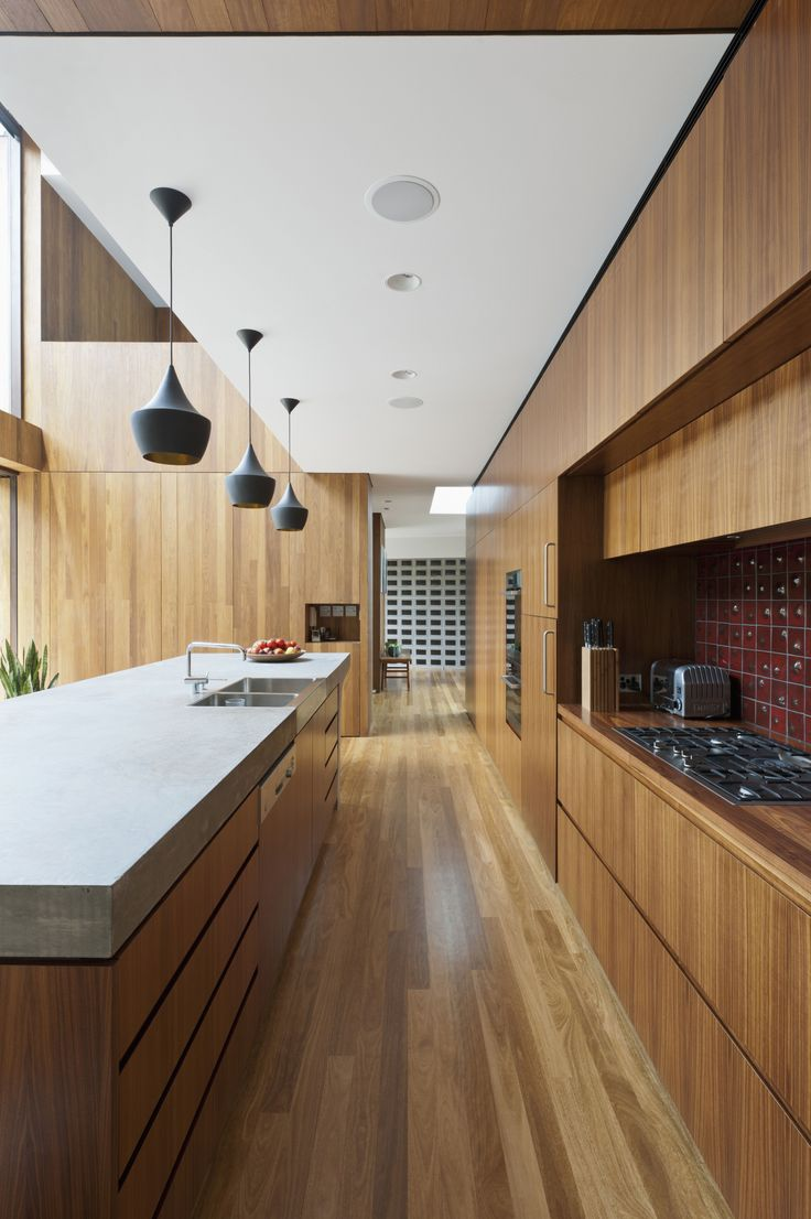 Best 25 Small galley kitchens