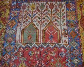 Рабатский ковер, Марокко, необыкновенные цвета. Ca. 1800, отвлеченный от музея много лет назад, оригинальные боковые шнуры и частичный келим на одном конце