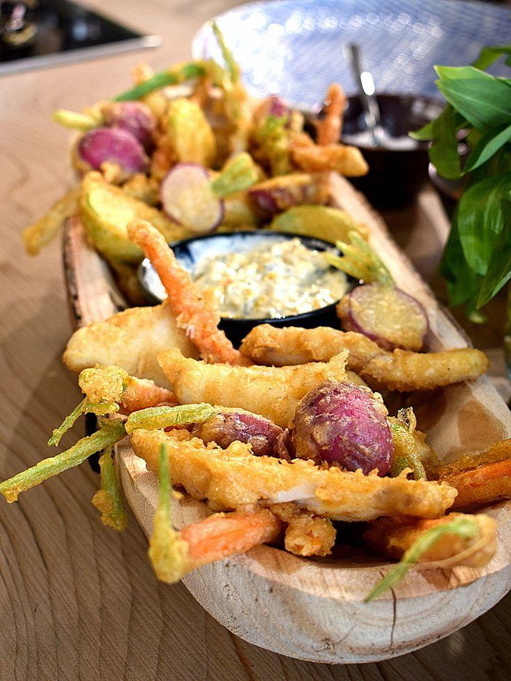 A legfinomabb panírféle, a japán tempura - Lakatos Márk mindent palacsintatésztába forgatott | NOSALTY