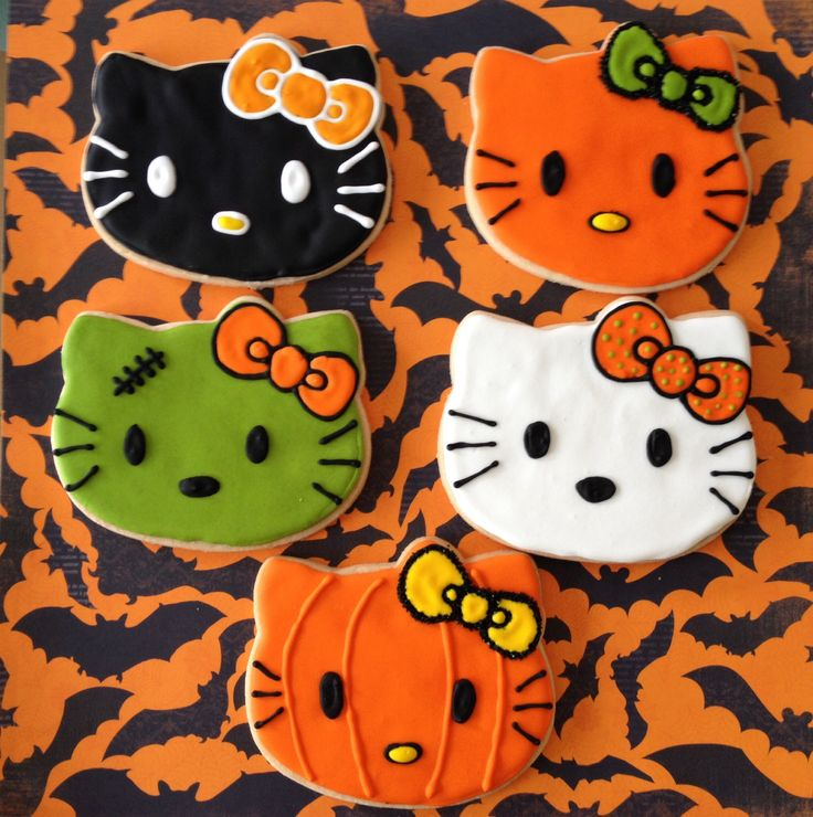 Halloween Hello Kitty cookies