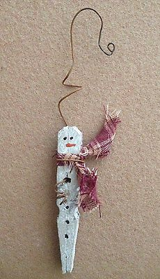 Primitive Christmas Icicle Snowman Rusty Wire Wood Clothespin Ornament Ornie NEW