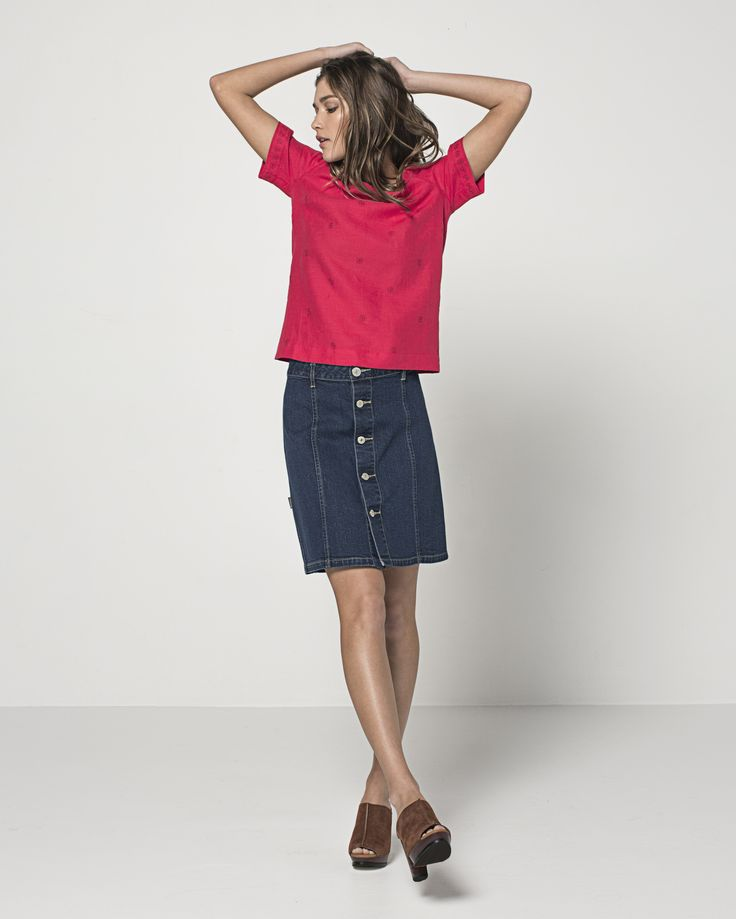Embroidered Linen Daisy T (Poppy) Retro Blue Panel Denim Skirt (Vintage Indigo)