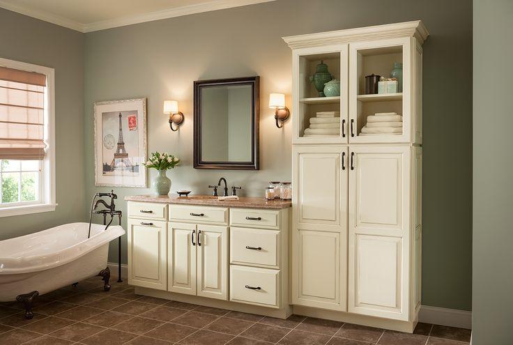 Bathroom Vanity, Shenandoah Cabinetry.  Bathroom in Painted Hazelnut Winchester