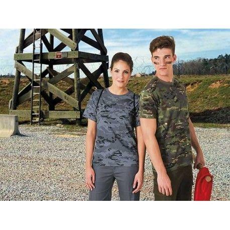 Camiseta typed soldier camuflage. Esta camiseta incluye un estampado de camuflage de varios tonos. Es una camiseta barata y ligera, ideal para la temporada de calor. La camiseta typed soldier se puede personalizar al completo con serigrafía y bordado. http://www.kiopromotional.com