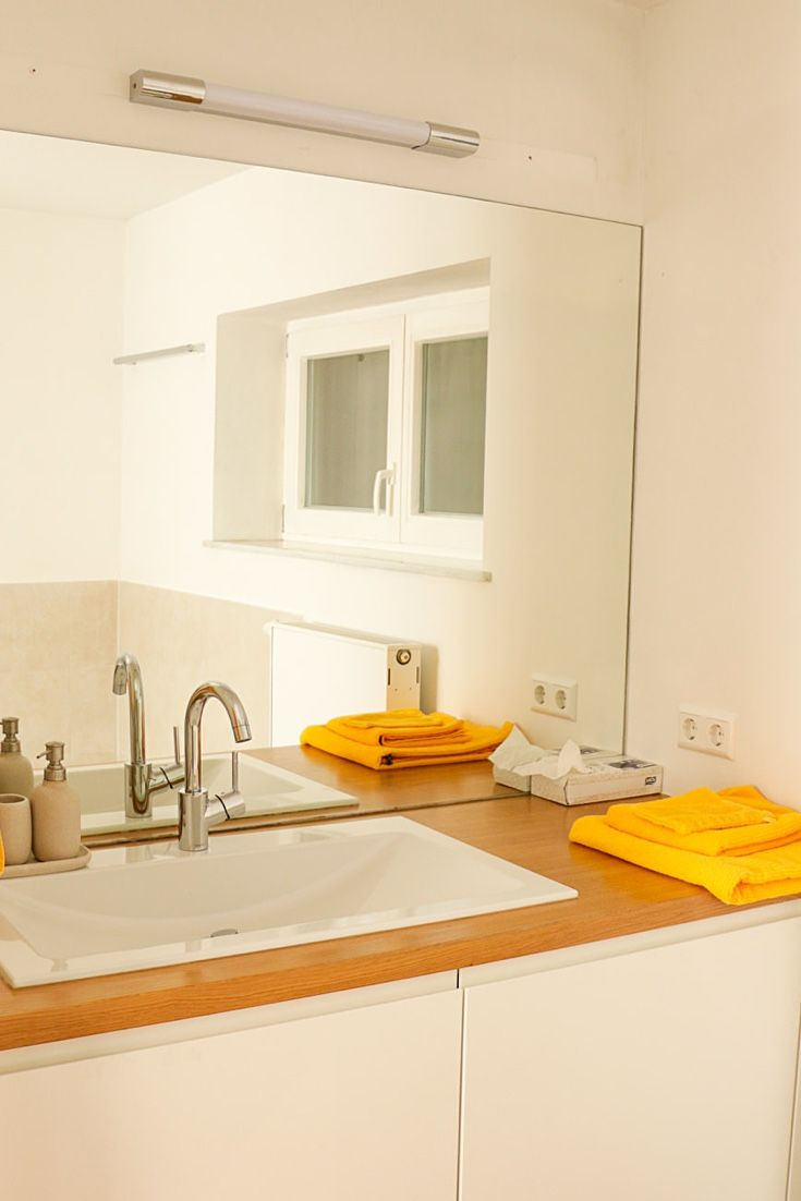 Bathroom in one of our serviced apartments close to downtown Stuttgart