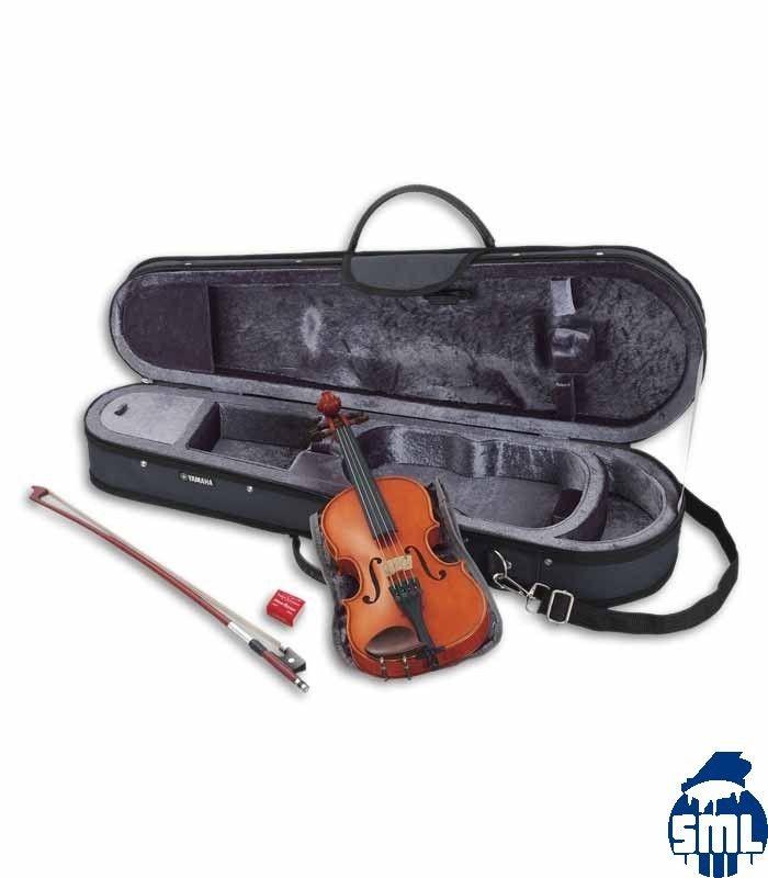 O violino Yamaha V5SC é uma escolha excelente para jovens estudantes de violino. É fabricado com madeiras de alta qualidade, combina um tampo maciço de abeto com fundo e ilhargas em ácer e escala em ébano. Os instrumentos são construídos com os métodos tradicionais usados nos violinos de gama alta.