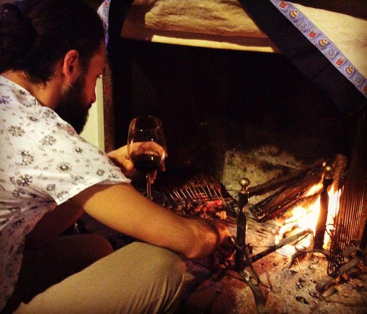 "Last grill of 2016 ""Arrosticini di Pecora"" (grilled sheep) with Amarone from Begali winery @vininorden #lastgrill #fb #pin #tw #wine #rødvin #godvin #amarone #begali #grilled #grill #wineandgrill #homemade #fire #fireplace #sheep #2016 #2017 #homemadedinner #friendship #friendsheep #hygge #danish #ild #ildsted #hjemmelavet"