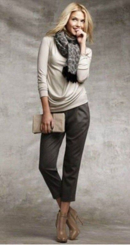 94d77be6a9e652 30+ Beautiful Office Outfits With Cropped Pants For Early Fall Ideas ...