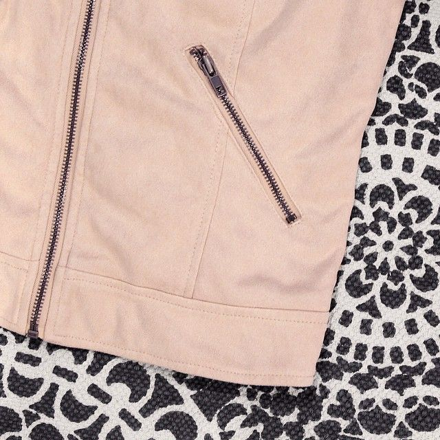 Details of our favourite suede jacket this season #prettydetails #lovingthis #availablenow #objectfashion