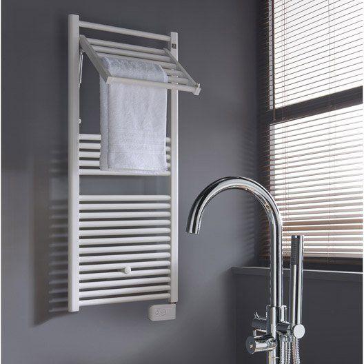 Seche Serviettes Electrique A Inertie Fluide Deltacalor Stendino 500 W Gerer Son Linge Sans Faux Pas Deco En 2019 Bathroom Towel Radiator Et Towel