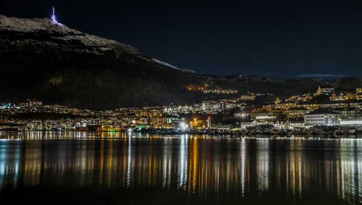 Store Lungegårdsvannet is an area at the head of the Puddefjorden where the sea curls round behind the city centre of Bergen and forms a large lake-like area.  This is surrounded by some light indu…