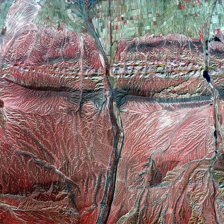 Как выглядит Китай: Сюрреалистичные фотографии из космоса. Изображение №9.
