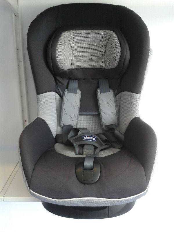 Silla para el coche CHICCO grupo 1. Modelo Autokey1 xplus Romantic. Precio nueva 160 euros. Precio venta EcoPekes: 50 euros.