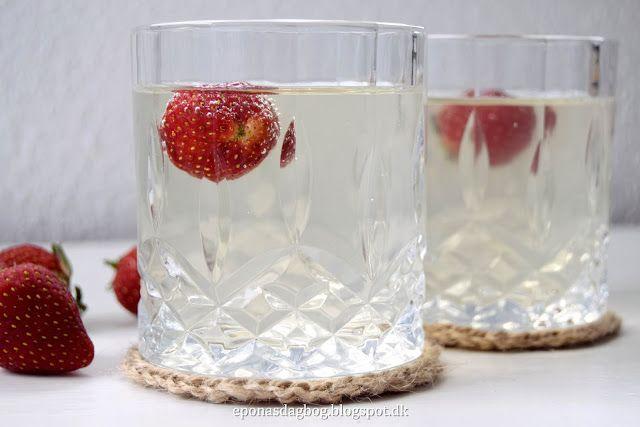 Glasbrikker hæklet af jutesnor - DIY