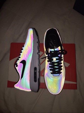 shoes reflective shoes nike Women's Shoes - http://amzn.to/2gvL0Lo