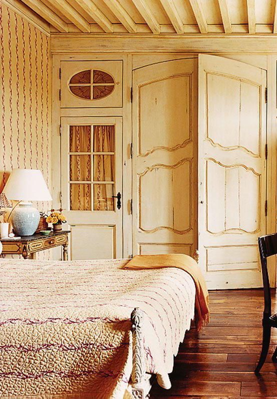 14 beautiful guest rooms in vogue to inspire your holiday for Pictures of beautiful guest bedrooms