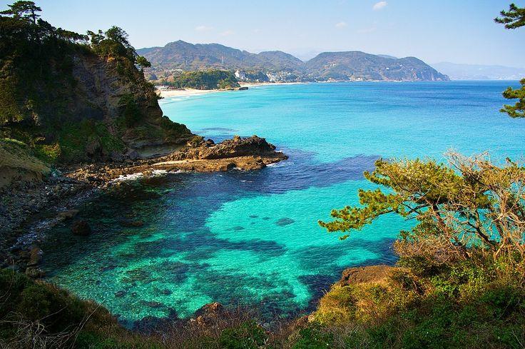 The Izu Peninsula (Izu-hantō), about 100km southwest of Tokyo in Shizuoka Prefecture, is where the famed Kurofune (Black Ships) of US Commodore...