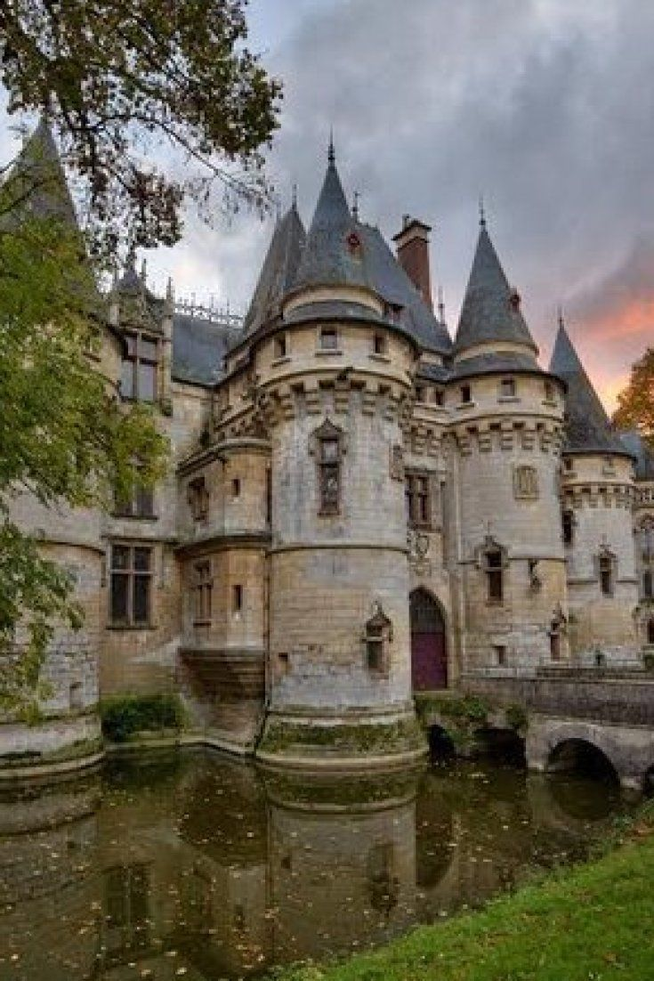5 Castles For Sale You Could Buy Right Now Castle Abandoned