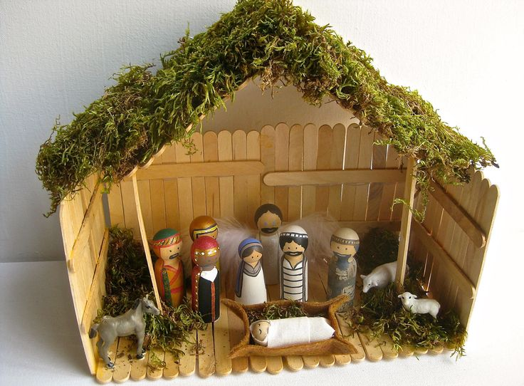 Christmas Nativity Set with Stable // Decoration // 2 inch wooden peg people. $59.00, via Etsy. (Super cute, and kid-friendly)