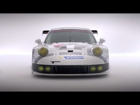 The quintessence of over 30.000 race victories. The ambassador of the Porsche brand core. The Porsche 911 RSR.