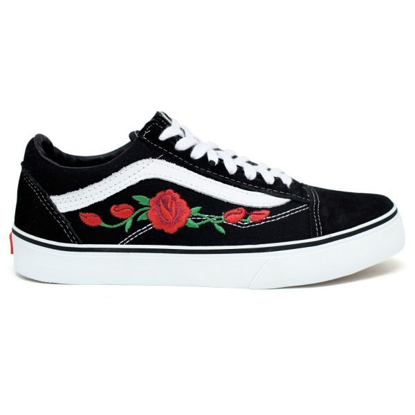 8118f66cd2 Tênis Old Skool Vans - Preto Flor