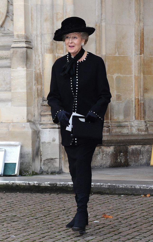 Le Prince Charles de Galles, la Duchesse Camilla de Cornouailles, et la Princesse Alexandra de Kent ont assisté à une cérémonie d'action de grâces en l'honneur de Lady Soames à l'abbaye de Westminster à Londres.