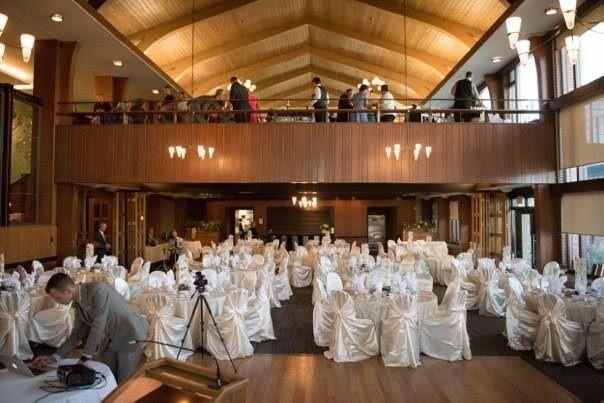Me Reception Venue: The Edmonton Petroleum Club
