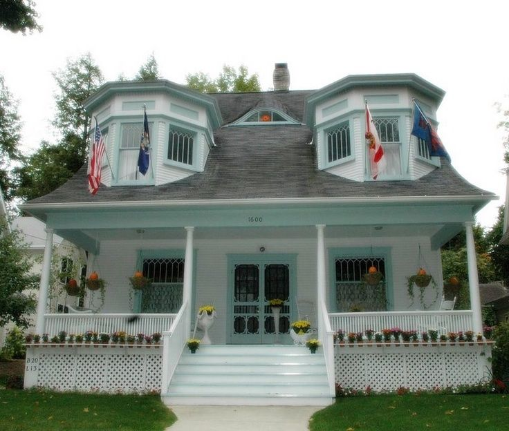 13 best bayview petoskey mi images on pinterest for Cottage builders in michigan