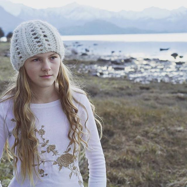 Glassy lake and snowy mountains... And a new design knitted in super chunky…